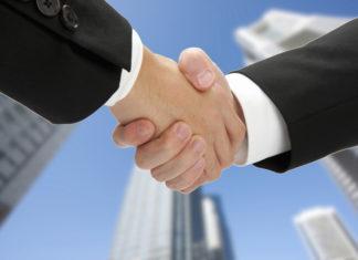 不動産営業マン 握手