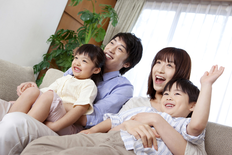 家族、子供、親子、リビング
